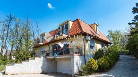 Eladó Ház, Pest megye, Gödöllő - Gödöllő panorámás domboldalán