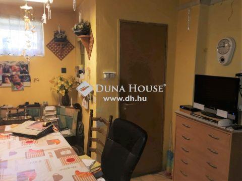Eladó Ház, Fejér megye, Székesfehérvár - Maroshegy kedvelt utcájában