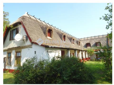 Eladó Ház, Bács-Kiskun megye, Lajosmizse - KECSKEMÉTTŐL 10 km-re!