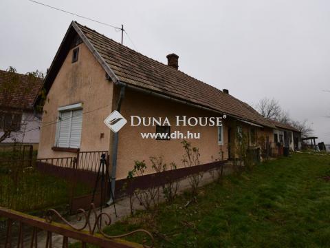 Eladó Ház, Zala megye, Zalaszentbalázs - Zalaszentbalázs csendes utcájában