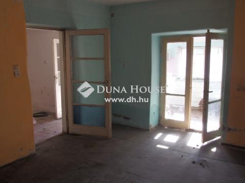 Eladó Ház, Bács-Kiskun megye, Kiskunfélegyháza - Legbelső házrész 2 lakrésszel