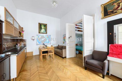 Eladó Lakás, Budapest 5. kerület - Bazilika mellett 4 szoba 2 fürdő