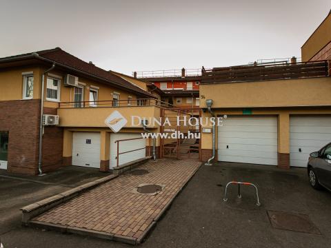 Eladó Lakás, Tolna megye, Dombóvár