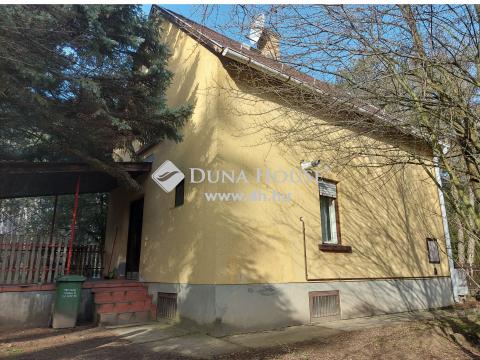 Kiadó Ház, Komárom-Esztergom megye, Komárom