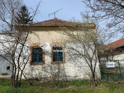 Eladó Ház, Komárom-Esztergom megye, Kocs