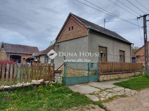 Eladó Ház, Baranya megye, Kishajmás