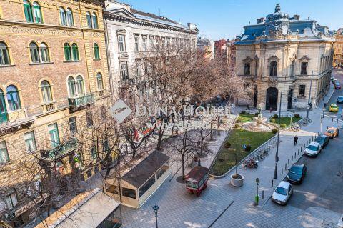 Kiadó Lakás, Budapest - Kálvin térnél, csendes sétáló utcára néző, napfényes, szép, liftes házban