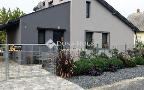 Eladó Ház, Zala megye, Vonyarcvashegy - Partközeli minimalista ház