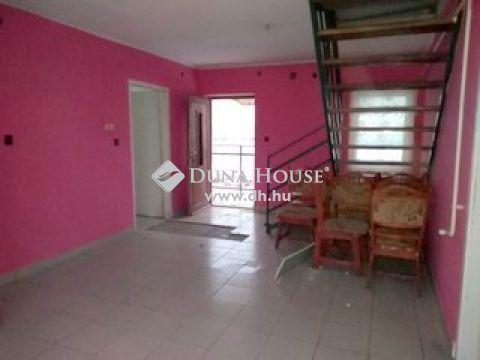 Eladó Ház, Szabolcs-Szatmár-Bereg megye, Kemecse - Kemecse aszfaltozott utcájában családi ház eladó