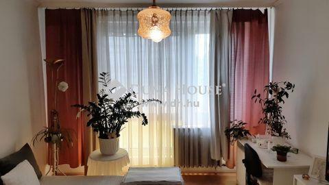 Eladó Lakás, Somogy megye, Kaposvár - *** Füredi utca, 3. emeleti, 1,5 szobás, egyedi mérős, távhős lakás