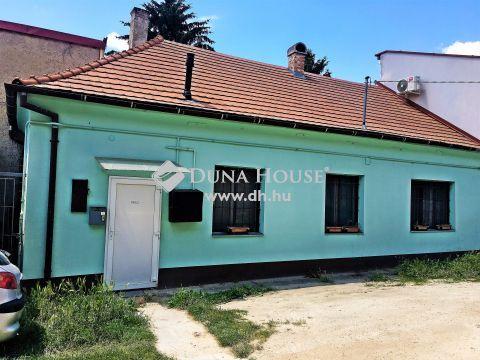 Eladó Lakás, Zala megye, Nagykanizsa - Földszinti, két szobás, akadálymentesített lakás saját autóbeállóval a belvárostól 5 perc sétára!