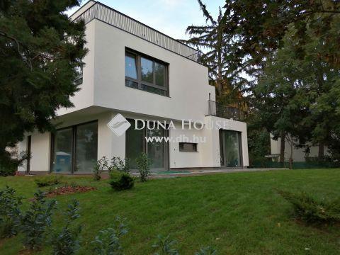 Eladó Ház, Budapest 2. kerület - 2020-ban épült modern családiház