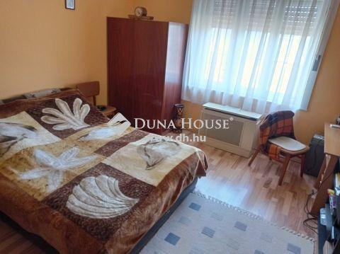 Eladó Ház, Bács-Kiskun megye, Páhi - Páhi központi részén eladó ház!