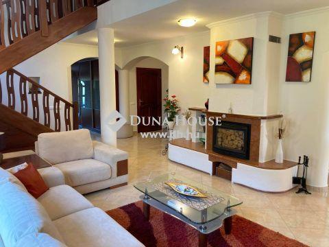 Eladó Ház, Nyíregyháza - 4 szoba+ nappalis családi ház eladó